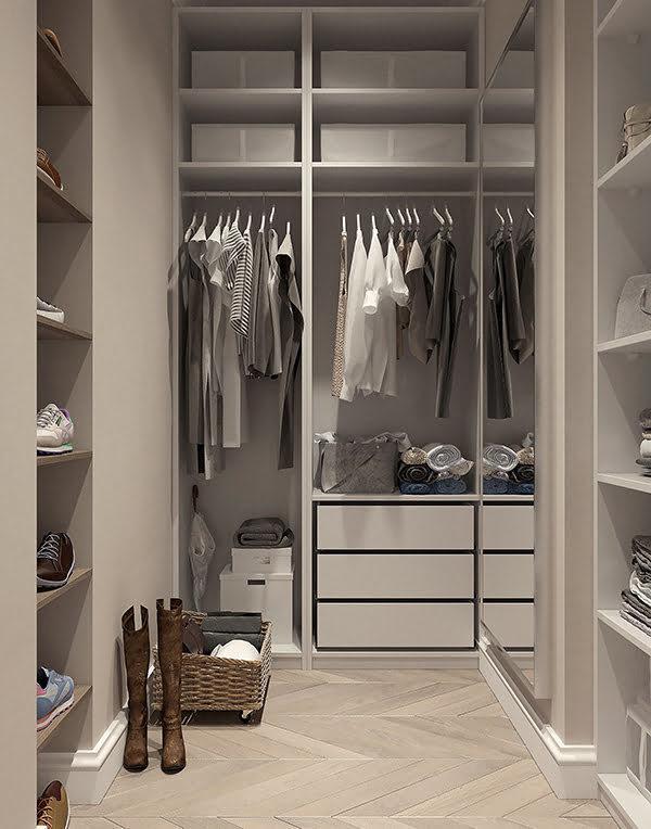 Tiny House Wardrobe